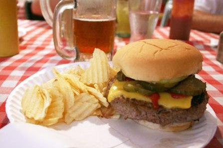 20110921-quatman-cafe-burger